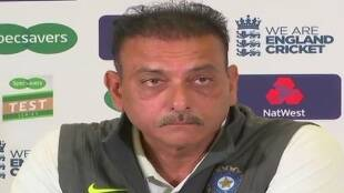 team-india-head-coach-ravi-shastri-tested-corona-positive-in-middle-of-oval-test-day-3-also-support-staff-isolated