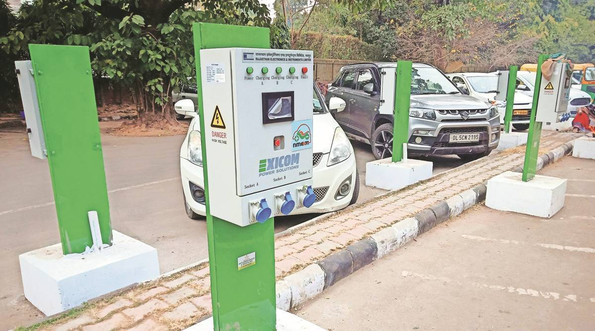 E Car Companies including Tata Mahindra and E Bike manufacturers getting benefit from Rising Diesel Petrol Prices