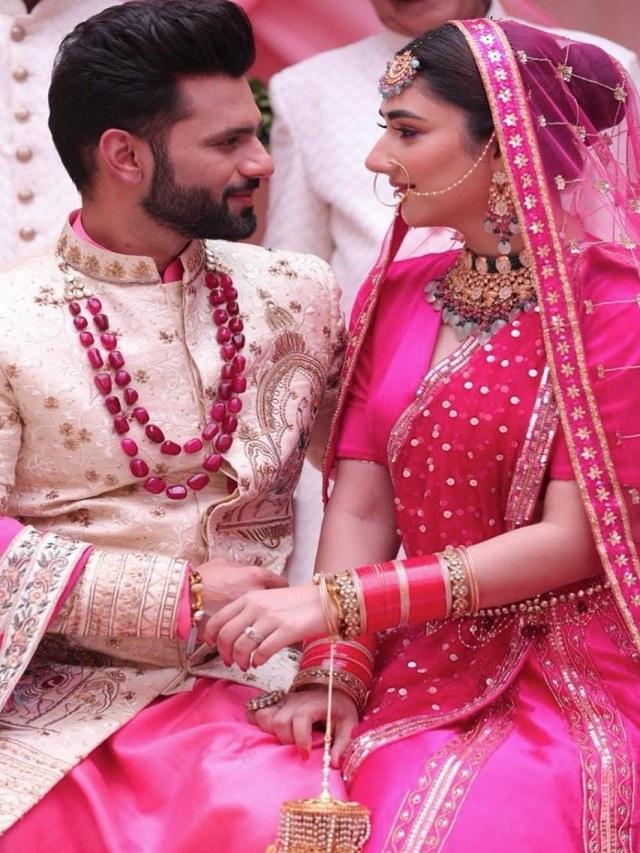 Beautiful love story of Rahul Vaidya and Disha Parmar