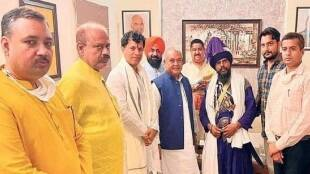 agriculture minister meeting with nihang chief, singhu border, farmer protest
