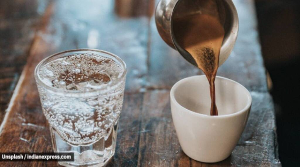 coffee, chewing gum, what not to eat early in the morning