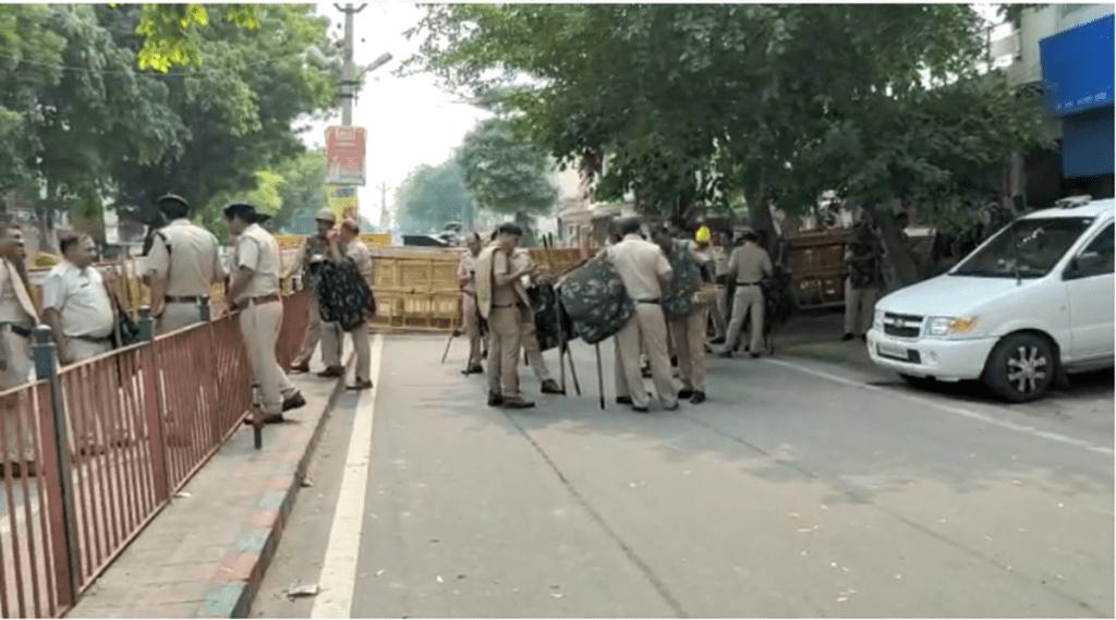 Haryana, Farmers broke barricades, BJP-JJP MLAs residence, Khattar Minister Anil Viz, Paddy Crop
