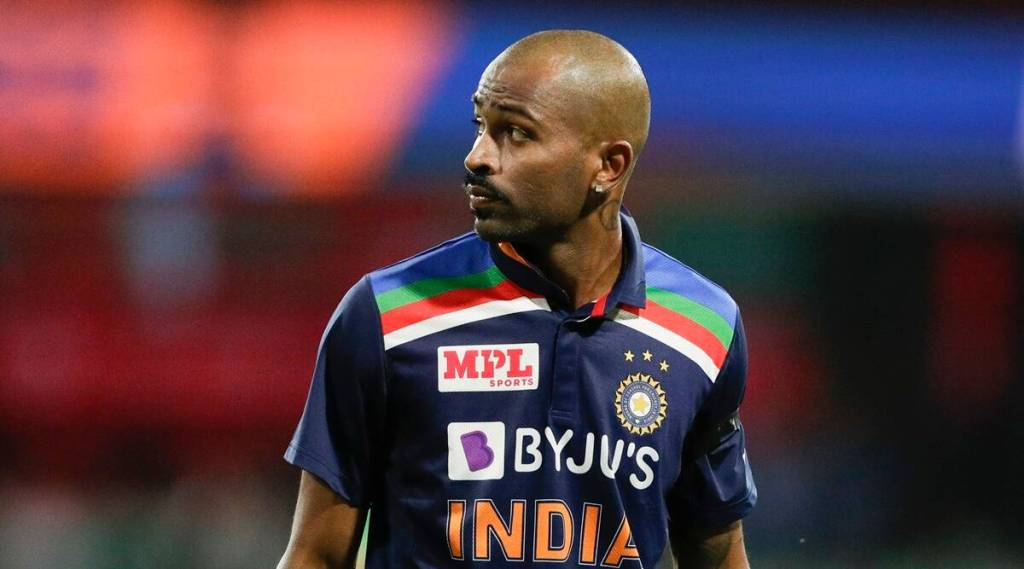 hardik-pandya-place-in-indian-team-playing-11-for-t20-world-cup-is-in-danger-as-akash-chopra-doubt-his-place-shardul-thakur-can-replace
