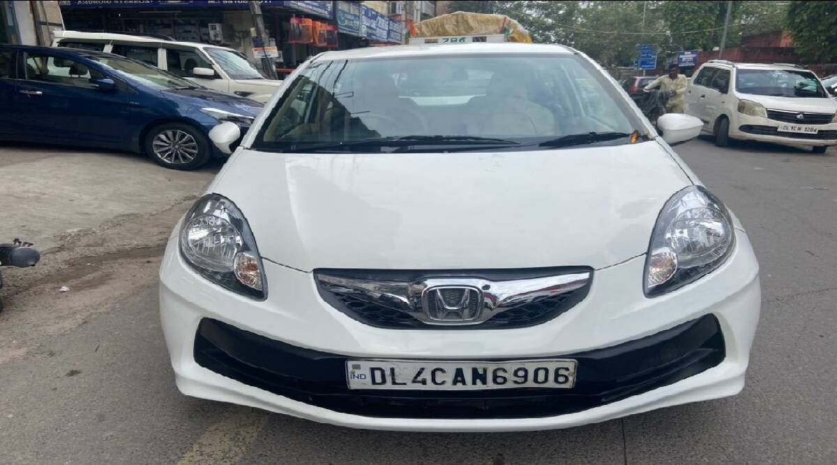 From Maruti Suzuki Swift Dzire to Hyundai i10 Era available here for 3 lakhs Know What are the other options in the used cars of this budget-