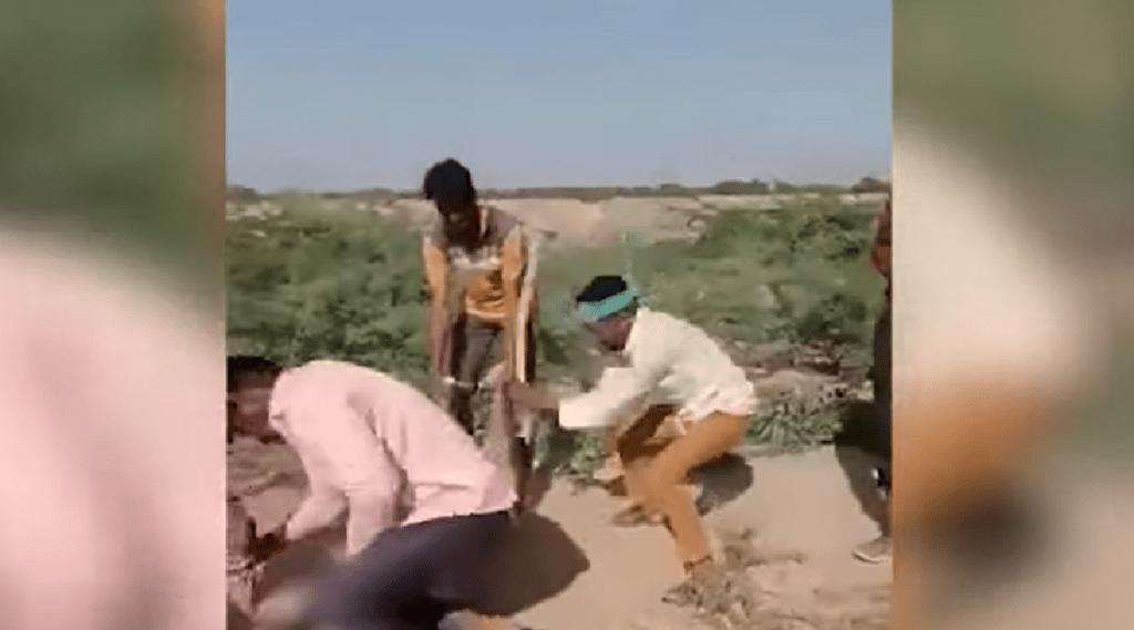 Rajasthan, Hanumangarh, Man was beaten to death, Illegal relationship, Recorded in the camera, Accused kneeling on neck, Hanumangarh, police