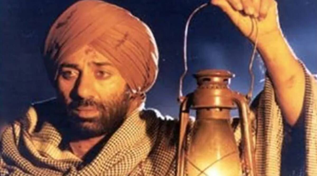 People used to go to see Sunny Deol's film by filling them in trucks, the theater owner had called the director