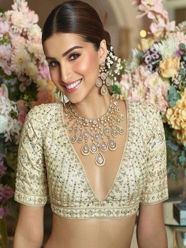 Try these ethnic looks by Tara Sutaria